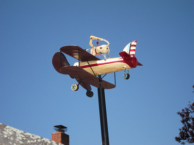 And also what's probably supposed to be Snoopy in a Sopwith Camel!