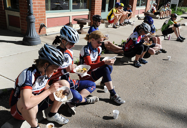 "Riders enjoy breakfast  from Colterra in downtown Niwot.<br /> The fourth annual Road to Victory Bicycle Classic, benefiting the Davis Phinney Foundation, took place Sunday around Boulder County.<br /> For more photos, go to  <a href=""http://www.dailycamera.com"">http://www.dailycamera.com</a>.<br /> Cliff Grassmick / May 23, 2010"