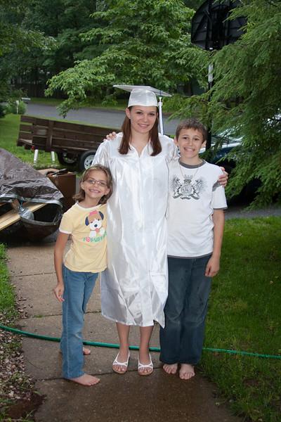 Robyn Graduation 2009-5