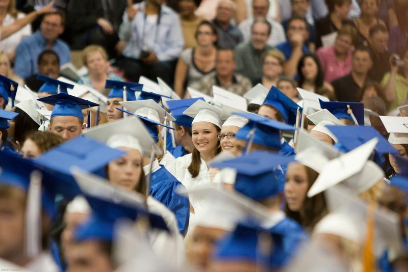 Robyn Graduation 2009-23