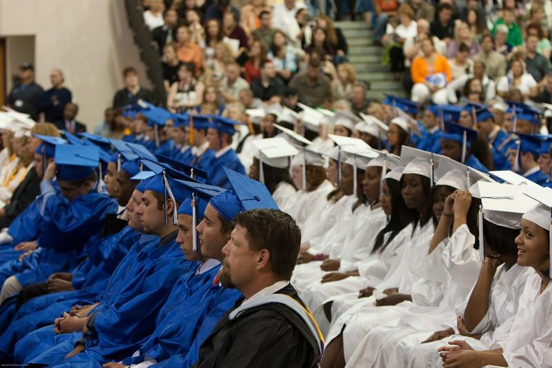 Robyn Graduation 2009-16