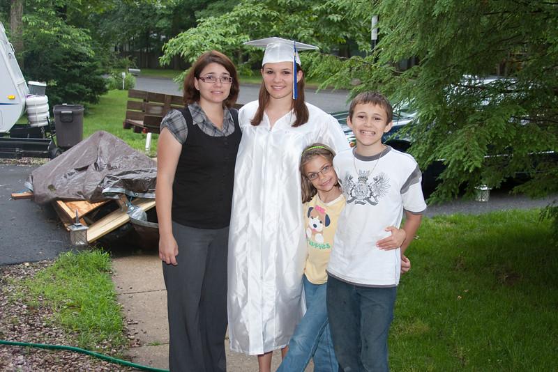 Robyn Graduation 2009-4