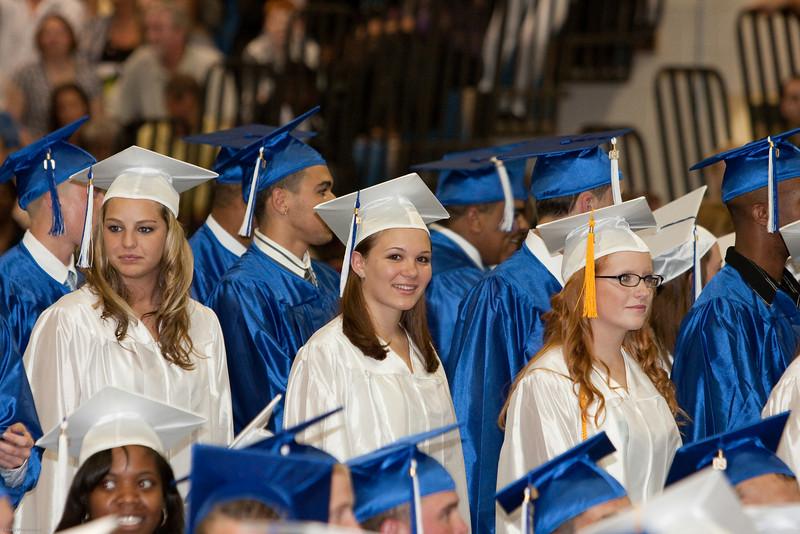 Robyn Graduation 2009-30