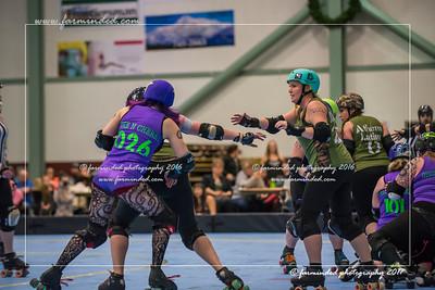 D75_7072-12x18-02_2017-Roller_Derby-W
