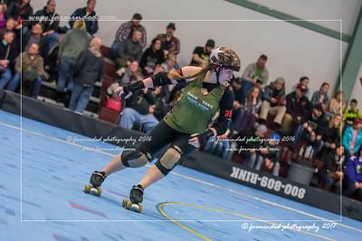 D75_7151-12x18-02_2017-Roller_Derby-W