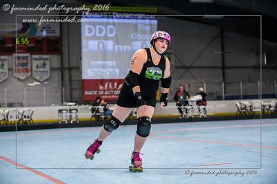 D75_2738-12x18-10_2016-Roller_Derby-W