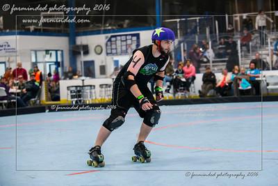 D75_2915-12x18-10_2016-Roller_Derby-W