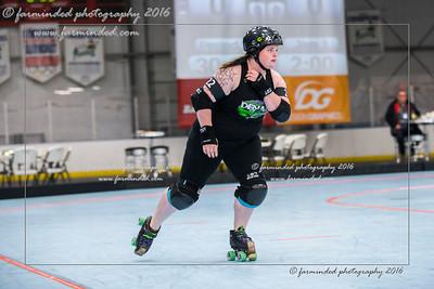 D75_2676-12x18-10_2016-Roller_Derby-W