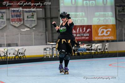 D75_2724-12x18-10_2016-Roller_Derby-W