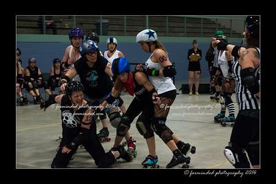 D75_2962-12x18-04_2016-Roller_Derby-W