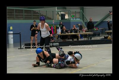 D75_3047-12x18-04_2016-Roller_Derby-W