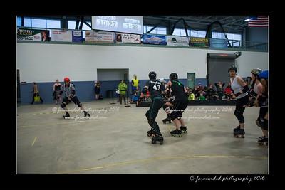 D75_2707-12x18-04_2016-Roller_Derby-W