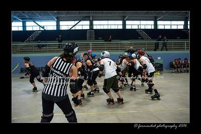 D75_2925-12x18-04_2016-Roller_Derby-W
