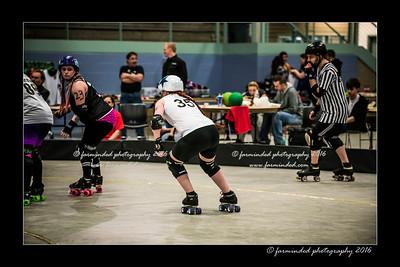 D75_0136-12x18-04_2016-Roller_Derby-W