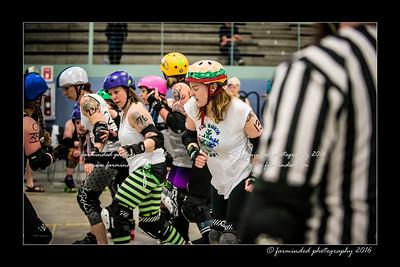 D75_0185-12x18-04_2016-Roller_Derby-W
