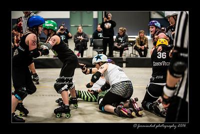 D75_0190-12x18-04_2016-Roller_Derby-W