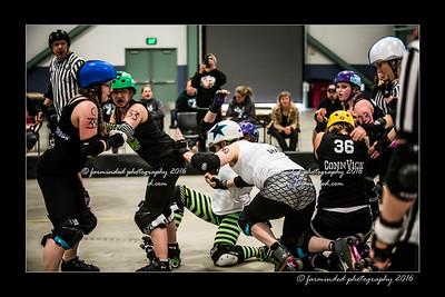 D75_0189-12x18-04_2016-Roller_Derby-W