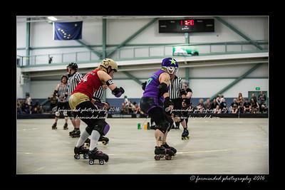 D75_5875-12x18-04_2016-Roller_Derby-W