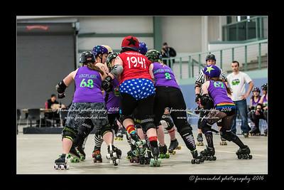 D75_5879-12x18-04_2016-Roller_Derby-W