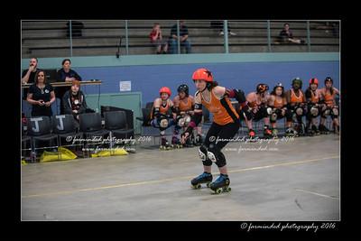 D75_9056-12x18-04_2016-Roller_Derby-W