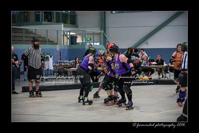 D75_9115-12x18-04_2016-Roller_Derby-W