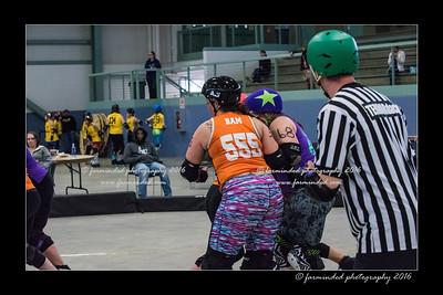 D75_9128-12x18-04_2016-Roller_Derby-W