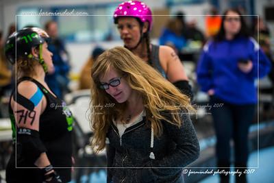 D75_2964-12x18-03_2017-Roller_Derby-W