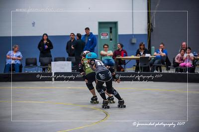 D75_4373-12x18-04_2017-Roller_Derby-W