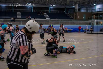DS5_0057-12x18-05_2017-Roller_Derby-UWR-W