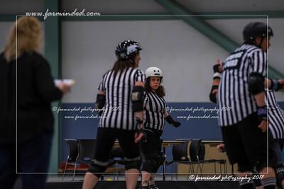 DS5_0154-12x18-05_2017-Roller_Derby-UWR-W
