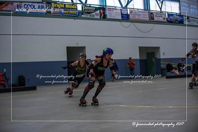 D75_3298-12x18-05_2017-Roller_Derby-UWR-W