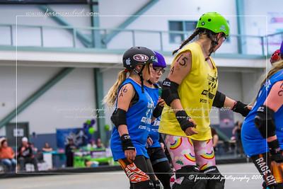 DS5_1374-12x18-05_2017-Roller_Derby-UWR-W