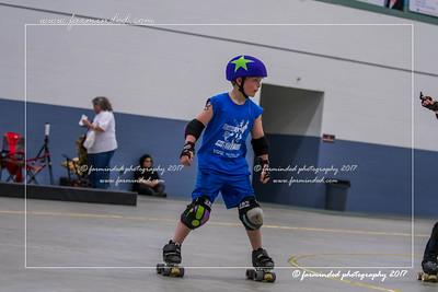 DS5_1277-12x18-05_2017-Roller_Derby-UWR-W