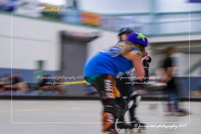 DS5_1265-12x18-05_2017-Roller_Derby-UWR-W