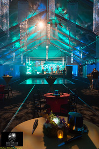 [Filename: rooftop eve 2013-3.jpg] © 2012 Michael Blitch Photography