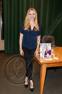 "GLENDALE, CA - OCTOBER 04:  Television personality Rosie Pope attends a book signing for ""Mommy IQ: The Complete Guide to Pregnancy"" at Barnes & Noble Booksellers on October 4, 2012 in Glendale, California.  (Photo by Chelsea Lauren/Getty Images)"