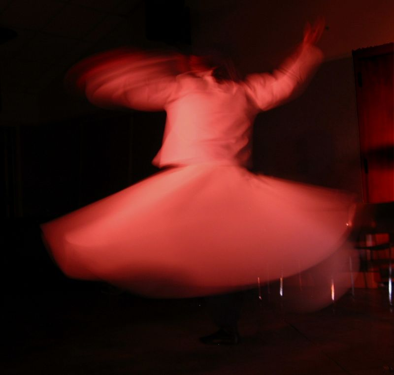 Aziz whirling - nicely blurred