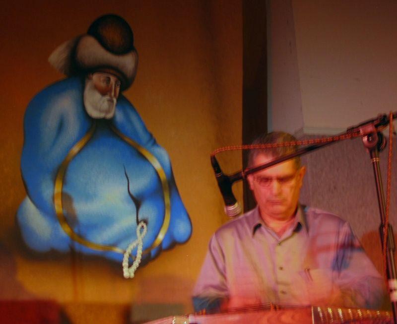 Mohammad Nahavandi playing santour (bit blurry)