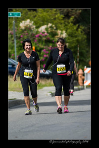 DS5_4666-12x18-06_2016-Runs-Mayors_Marathon-W