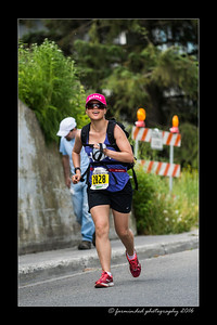 DS5_4593-12x18-06_2016-Runs-Mayors_Marathon-W