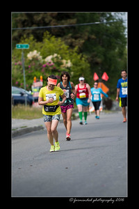 DS5_4598-12x18-06_2016-Runs-Mayors_Marathon-W