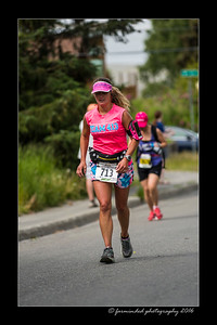 DS5_4583-12x18-06_2016-Runs-Mayors_Marathon-W
