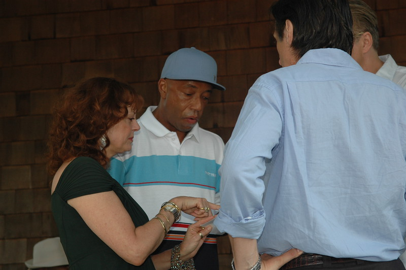 G:\Pictures\Russell Simmons Art For Life1\Russell Simmons prep for benefit