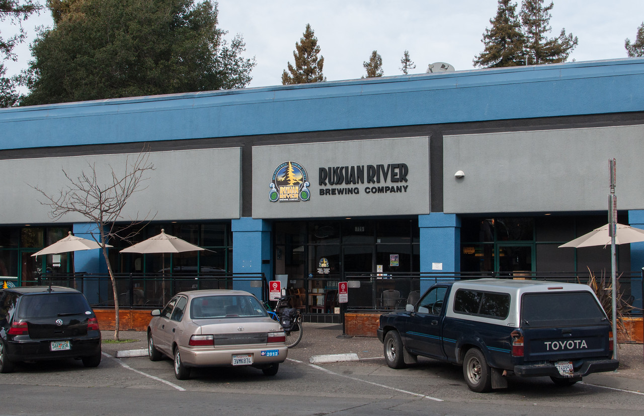 Russian River Brewing Company store front.