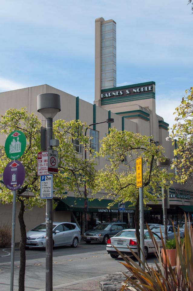 The art deco Barnes & Noble bookstore in Santa Rosa, Calif.