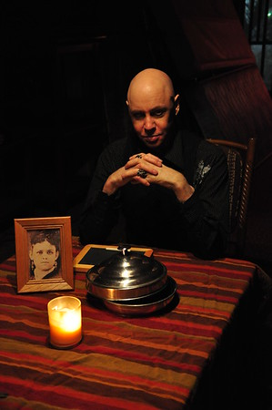 Séance At The Irish Pub / Willow Springs