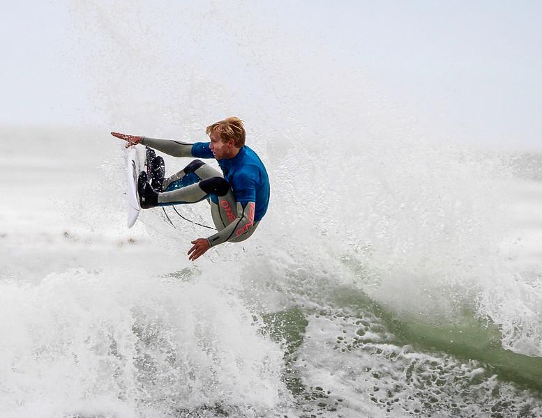 Santa Cruz High Surf Photos-8