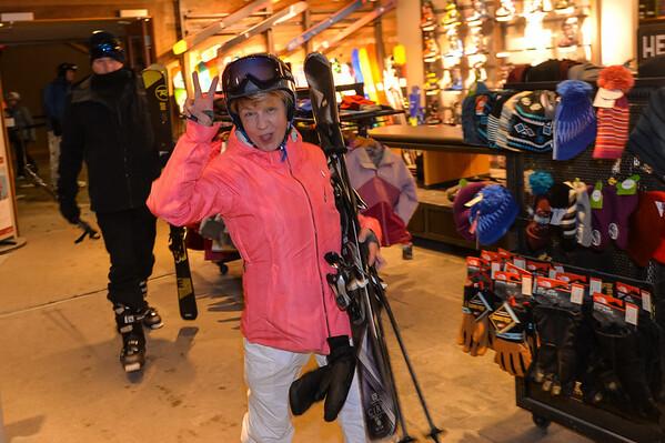 Feb6-ski03