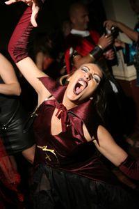 Donovan´s Top pf the Mark Pre Halloween Party