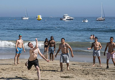 Netless volleyball